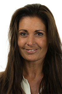 Photograph of Nikki Cowell
